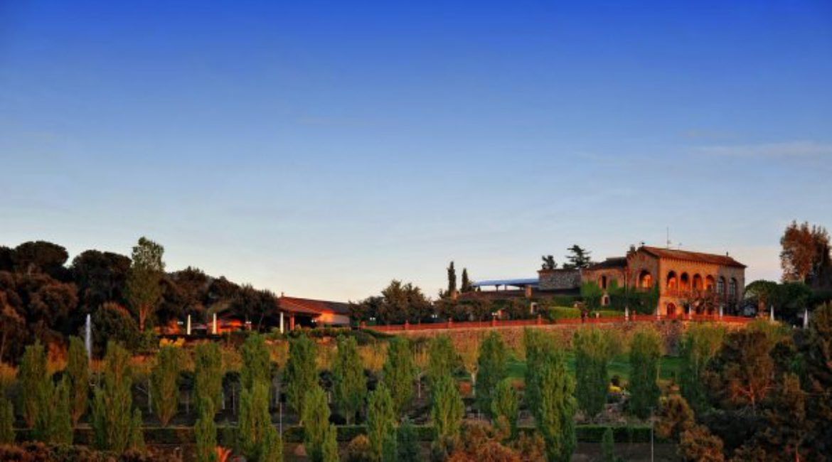 Mas de Sant Lleí has been selected by Zankyou as one of the 12 best manor houses in Barcelona